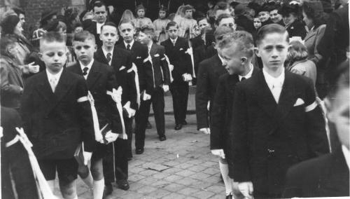 1952 - Communions Solennelles 27 Avril 1952.jpg
